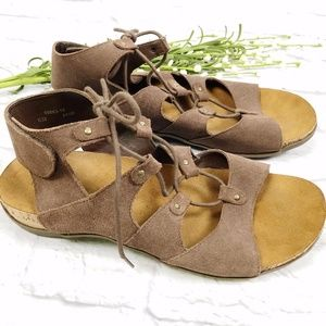 Bearpaw Tan Suede Sandals Size 10